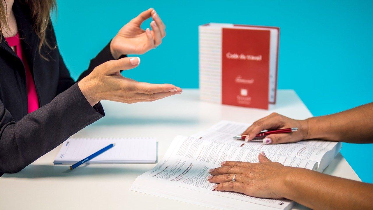 Quel est le meilleur mode de management entre : le directif · le persuasif · le participatif · et le délégatif ?